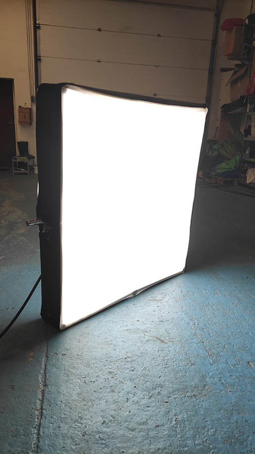 led-flat-light
